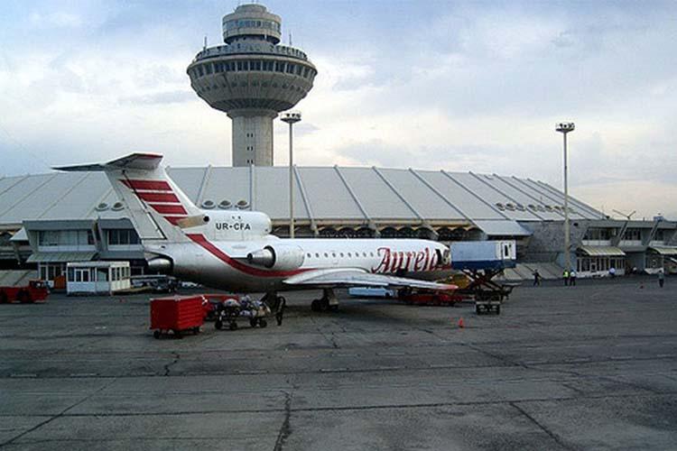 فرودگاه بینالمللی زوارتنوتس